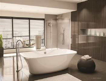 Aria Prelude White Freestanding Tub 70X35 with Brushed Nickel Drain & Overflow