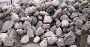 Boulders Granite Ton 1 Ft-2 Ft