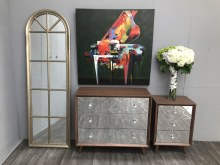 Chest WoodenTop mirrored front