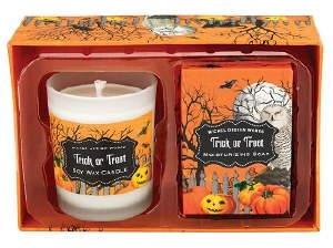 2.5 oz. Trick or Treat Candle and Soap Set
