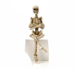 Skelton With Arms Crossed Shelf Sitter