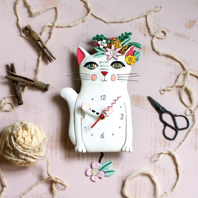 "14"" White Pretty Kitty Wall Clock"