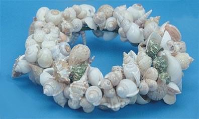"11"" Natural Shell Wreath"
