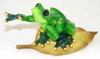 """5"""" Frog on Leaf Figurine"""