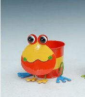 "8"" Red Frog Metal Pot"