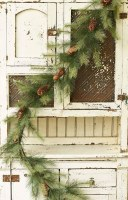 6' Pine With Cones Garland