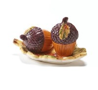 "4"" Acorn Salt and Pepper Shaker With Tray"