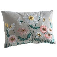 """14"""" x 20"""" White and Pink Daisies Pillow"""