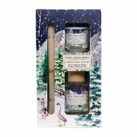 Christmas Snow Diffuser and Votive Candle Gift Set