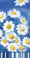 """5"""" x 8"""" White Daisies on Blue Guest Towels"""