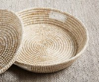 """24"""" Round Woven Seagrass Tray With Handles"""