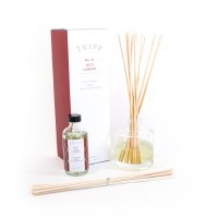 4 oz Wild Currant Reed Diffuser Kit
