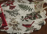 """17"""" Round Nature Sings Scallop Fabric Placemat"""