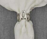 """2"""" Silver Oval Links Napkin Ring"""
