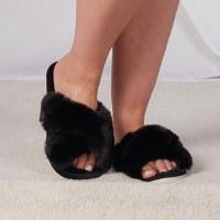 Women's Large Black Furry Slide