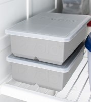 """Gray Silicone 2"""" King Cube Ice Tray With Lid"""