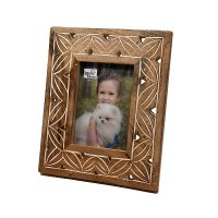 """5"""" x 7"""" Whitewashed Brown Carved Wood Picture Frame"""