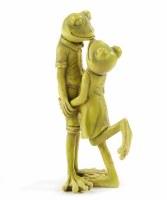 "8"" Light Green Polyresin Frog Couple Figurine"
