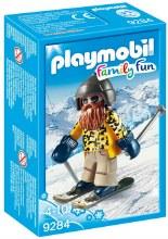 Skieur avec snowblades