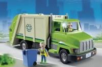 Camion de recyclage vert