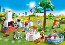 Famille et BBQ estival