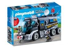 Camion des policiers d'élite