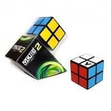 V-Cube 2 carré
