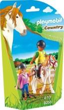 Monitrice d'équitation