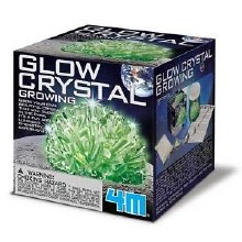 Croissance de cristaux lumineux