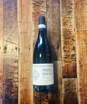 Peimonte Pinot Noir 18 - 750ml