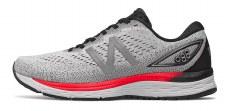 New Balance 880v9