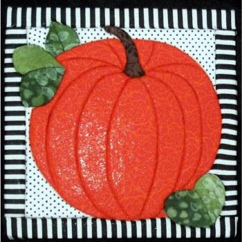 Halloween Pumpkin Quilt Board