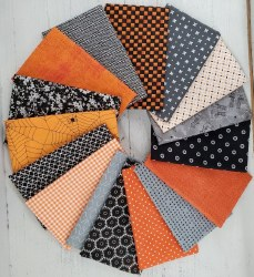 Boo 16 Fat Quarters