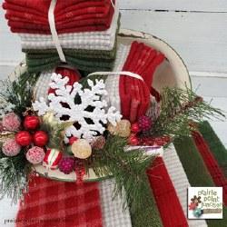 Wool Bundle Candy Cane