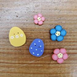 Buttons - Bunny Got Back