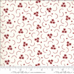 American Gatherings Swirl Star Cream Red