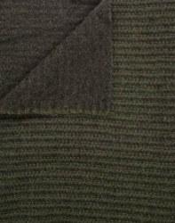 "Wool 9"" x 28"" Green Giant"