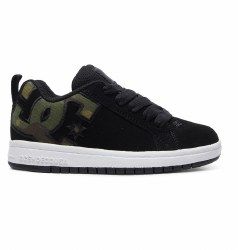 DC court graffik Kids Classic DC style and comfort. camo print on DC logo4.5