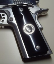 1911 Blk Corian Punisher Grip