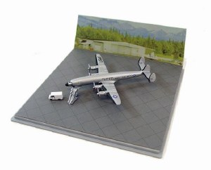"""1:400 Scale VC-121 Connies """"Columbine"""" w/GSE and Display Case - DB55775"""