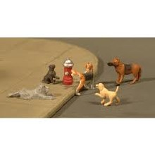 HO Scale Dogs w/Fire Hydrant - 33108