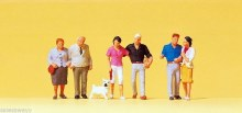 HO Scale Standing Couples With Dog - 10527