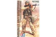 1:16 Scale Modern US Army Infantryman (Desert Uniform) - T36308