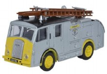 1:76 Scale Dennis F8 West Sussex Fire Brigade - 76F8006