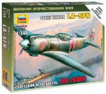 1:144 Scale Soviet Fighter LA-5FM Snap Fit - ZV6255