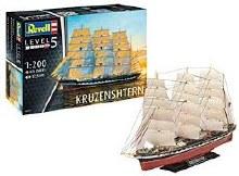 1:200 Scale Russian Barque Kruzenshtern - 05159