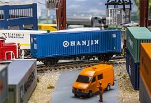 HO Scale 40' Container Hanjin - 180842