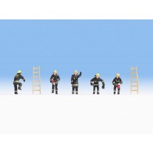 HO Scale Fire Brigade (Black Protective Clothes) - 15021