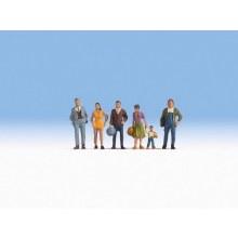 HO Scale Pedestrians - 15479