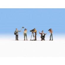 HO Scale Camera Crew - 15573